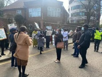 President Buhari's Supporters Storm Abuja House In London