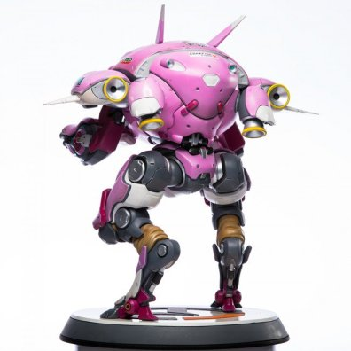 overwatch-d.va-statue-4