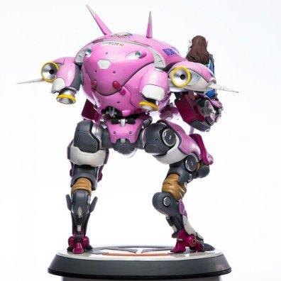 overwatch-d.va-statue-5
