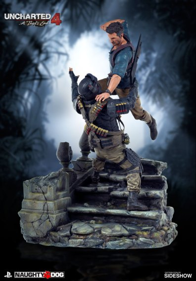uncharted-4-a-thiefs-end-nathan-drake-statue-sony-902863-02