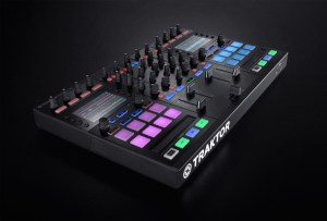 Native Instruments announces TRAKTOR KONTROL S5 compact all-in-one DJ system
