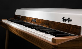 Vintage Vibe Custom 'Walnut' Rhodes 88 Stage Piano Restoration Revealed