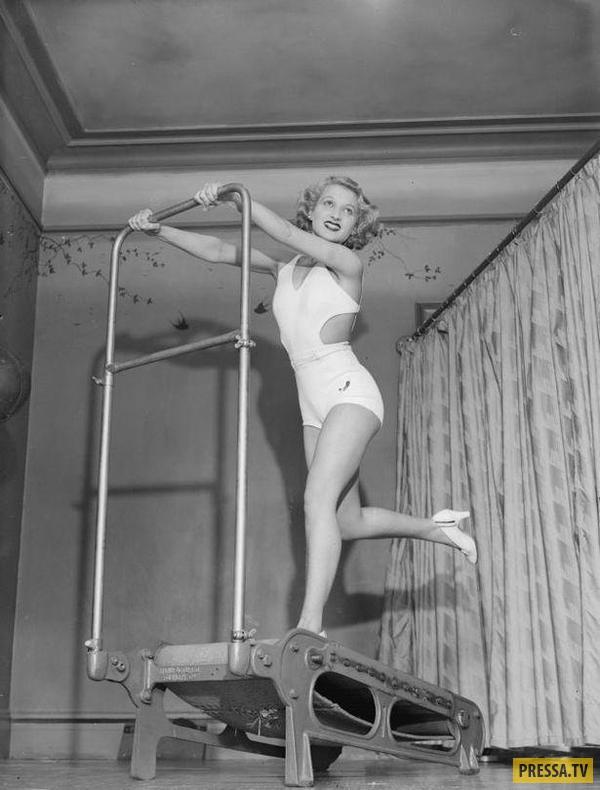 Женский фитнес в начале XX века (10 фото)