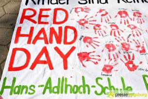 2017-03-17 Red Hand Day – 22