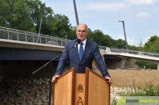 OB Dr. Gribl gab die Ackermannbrücken für den Verkehr frei   Foto: Wolfgang Czech