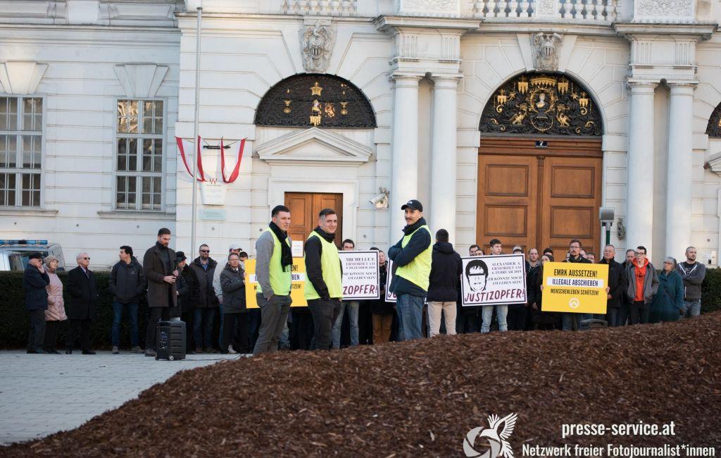 """Kundgebung der """"Identitären Bewegung"""" vor dem Justizministerium (15.02.19)"""