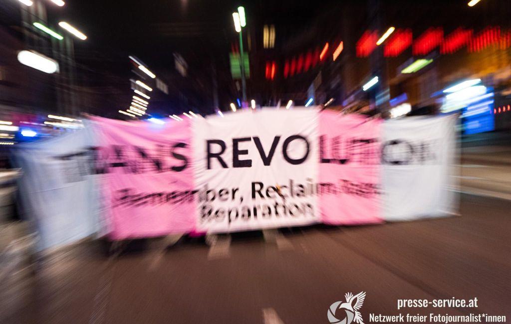 Wien: Demonstration zum Transgender Day of Remembrance (20.11.2020)