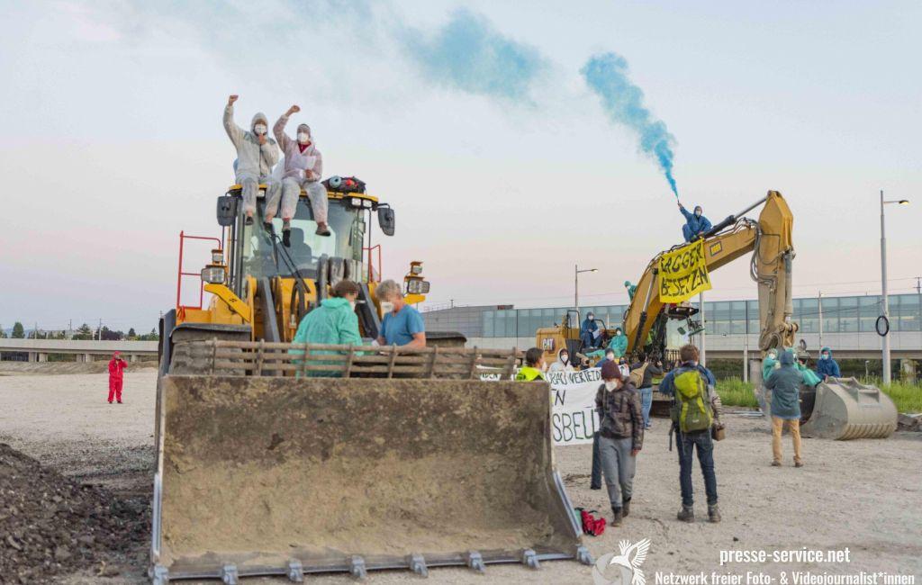 Wien: Baustellenbesetzung Aspern (06.09.2021)