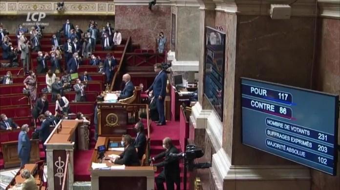 FRANCE 🇫🇷 C'EST FAIT ILS ONT VOTÉ LA LOI DU PASS SANITAIRE Á L'ASSEMBLÉE ‼️