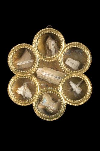 Boîte-reliquaire, Autriche, XIXe siècle. Fer, verre. Mucem © Mucem