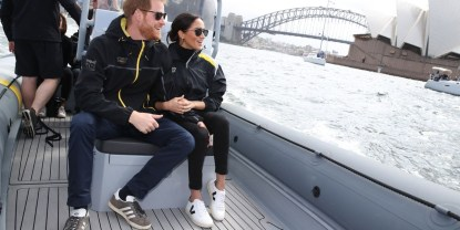meghan markle veja, vegan footwear, sustainable footwear, ethical fashion, meghan markle wearing veja sneakers