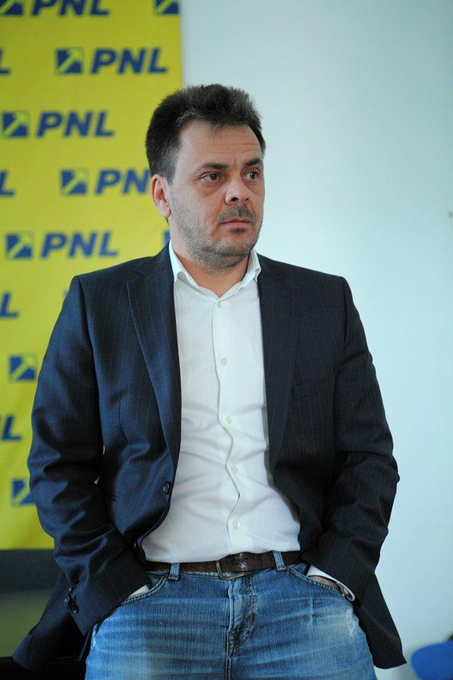 Cătălin Dumitriu este cel care a căutat tinerii actori din Botoșani FOTO Arhiva de Facebook