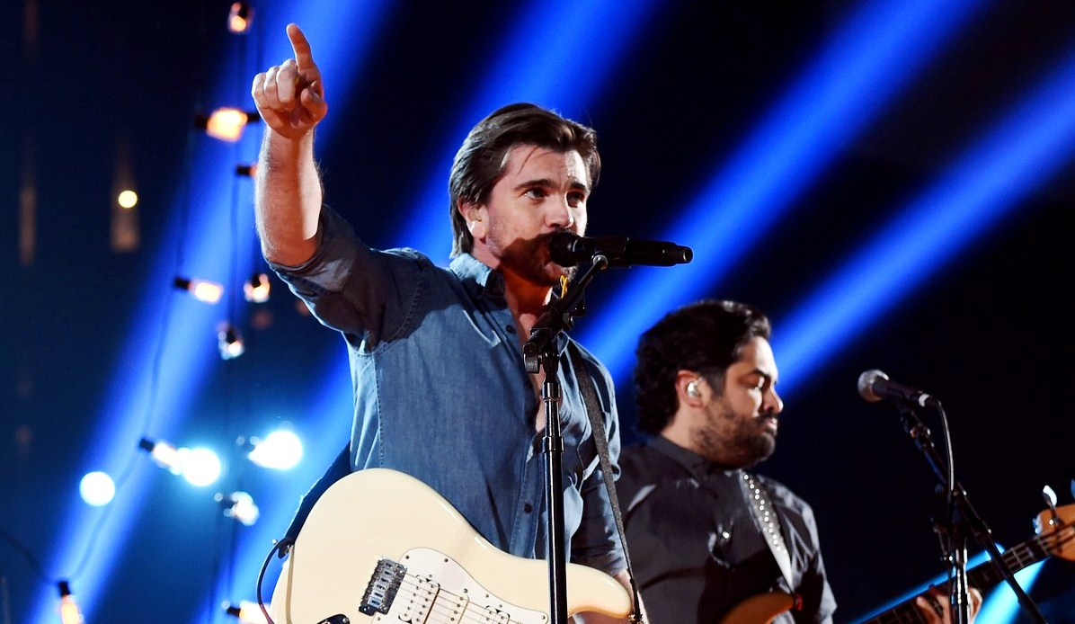 Juanes performs at grammys