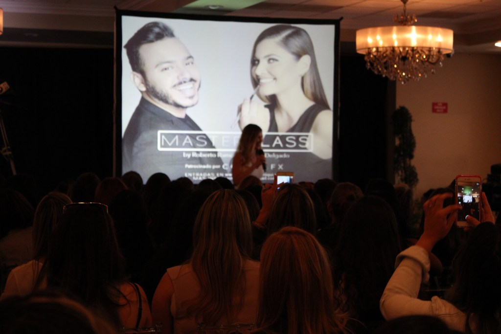 Chiquinquira Delgado hosted her first Master Make-up class in Coral Gables, Florida.