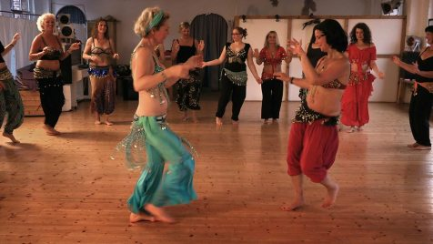 Die mit dem Bauch tanzen (Doku, Regie: Carolin Genreith, 24.01.)