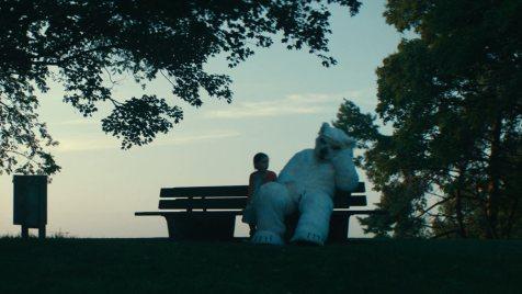 Finsterworld (Episodenfilm, Regie: Frauke Finsterwalder, 10.01.)