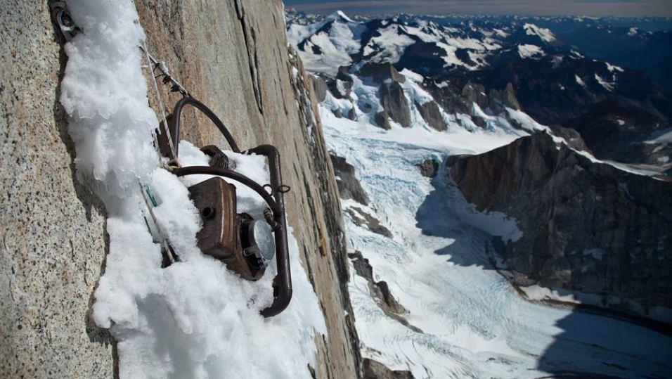 Cerro-Torre-©-2013-Lunafilm,-Lincoln-Else-Red-Bull-Content-Pool(7)