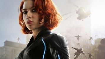 Natasha Romanoff alias Black Widow (Scarlett Johansson)