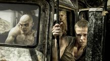 Mad-Max-Fury-Road-©-2015-Warner-Bros.(5)