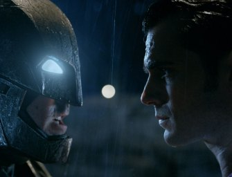 Trailer: Batman V Superman: Dawn of Justice (#2)