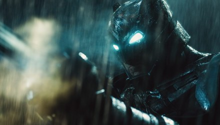 Batman-v-Superman-Dawn-of-Justice-(c)-2016-Warner-Bros.(10)