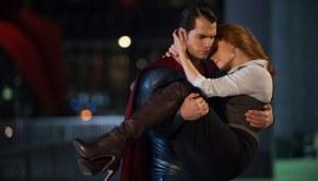 Batman-v-Superman-Dawn-of-Justice-(c)-2016-Warner-Bros.(4)