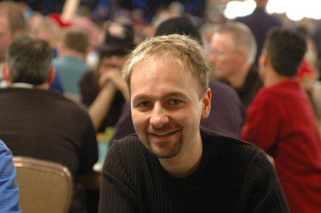 Daniel-Negreanu-Kid-Poker-(c)-flipchip--LasVegasVegas-(1)