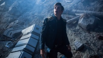 Star-Trek-Beyond-(c)-2016-Universal-Pictures(10)