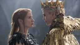The-Huntsman-&-The-Ice-Queen-(c)-2016-Universal-Pictures(2)