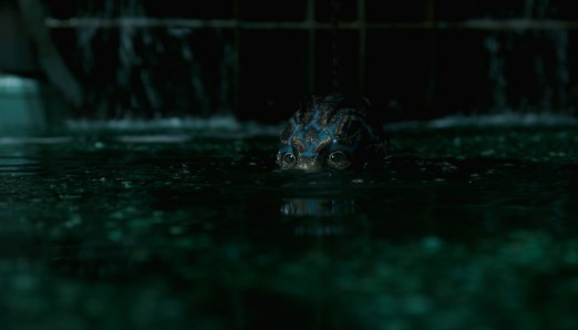 Shape-of-Water-(c)-2018-Twentieth-Century-Fox(4)