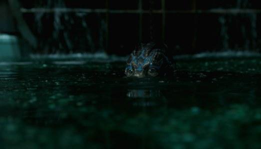 Shape-of-Water-(c)-2018-Twentieth-Century-Fox(4)