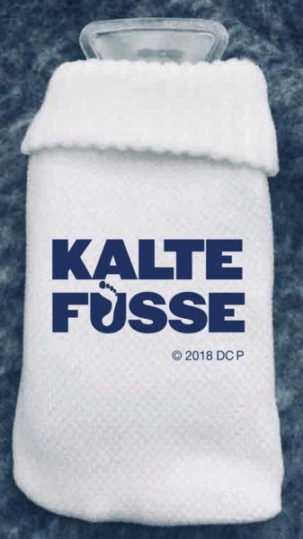 Kalte-Füße-Handwärmflasche--(c)-2018-Sony-Pictures-Entertainment-Deutschland-GmbH
