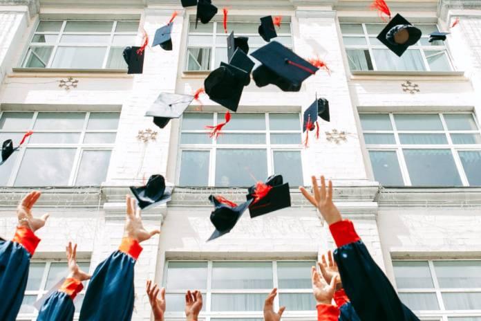 feira de estudos e carreira