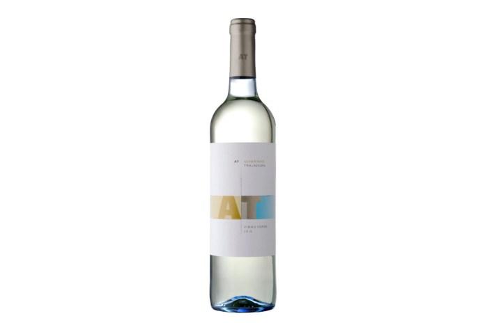 vinho alvarinho trajadura