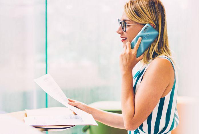 como procurar emprego com o telemóvel