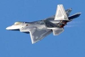 1017 03 1 - 大型ハリケーン「マイケル」 F-22戦闘機17機を殲滅か