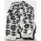 1611521 thum 1 - 秋冬 2014 CHANEL シャネル 存在感◎ おしゃれな シルク スカーフ女性用 3色可選