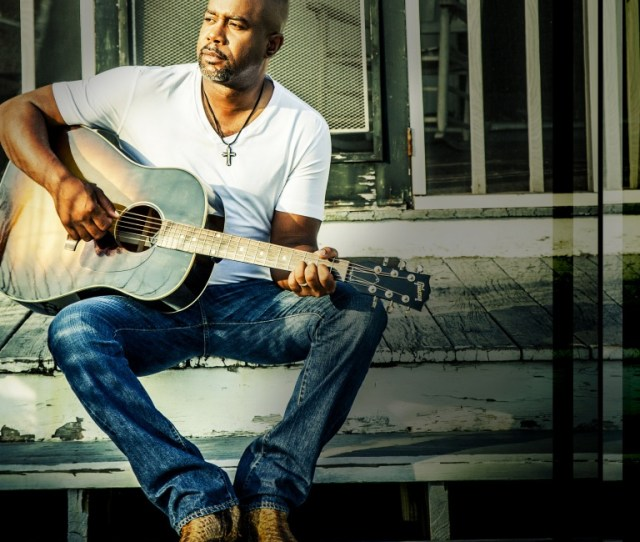 Darius Rucker Releases The Video For His Latest Hit For The First Time