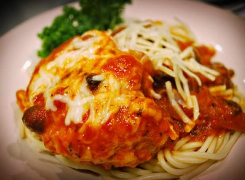close up of Pressure Cooker (Instant Pot) Chicken Parmigiana Italia