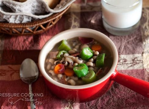Quick Pressure Cooker (Instant Pot) Black-Eyed Pea  in a red bowl