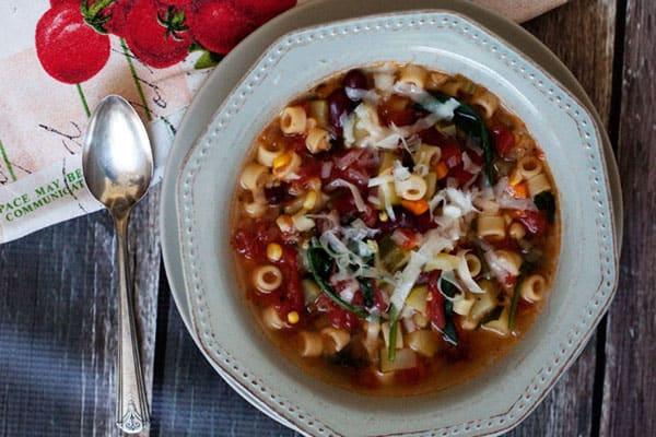 Pressure Cooker (Instant Pot) Garden Minestrone Soup