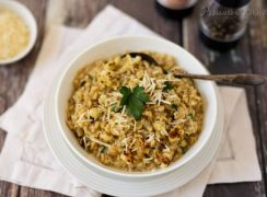 Pressure Cooker (Instant Pot) Roasted Cauliflower Barley Risotto