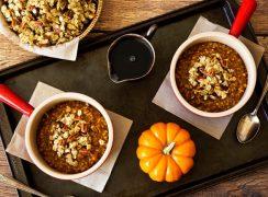 Pumpkin-Steel-Cut-Oats in two bowls