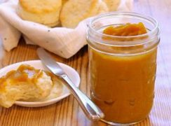 Pressure Cooker (Instant Pot) Butternut Squash Butter in a glass jar