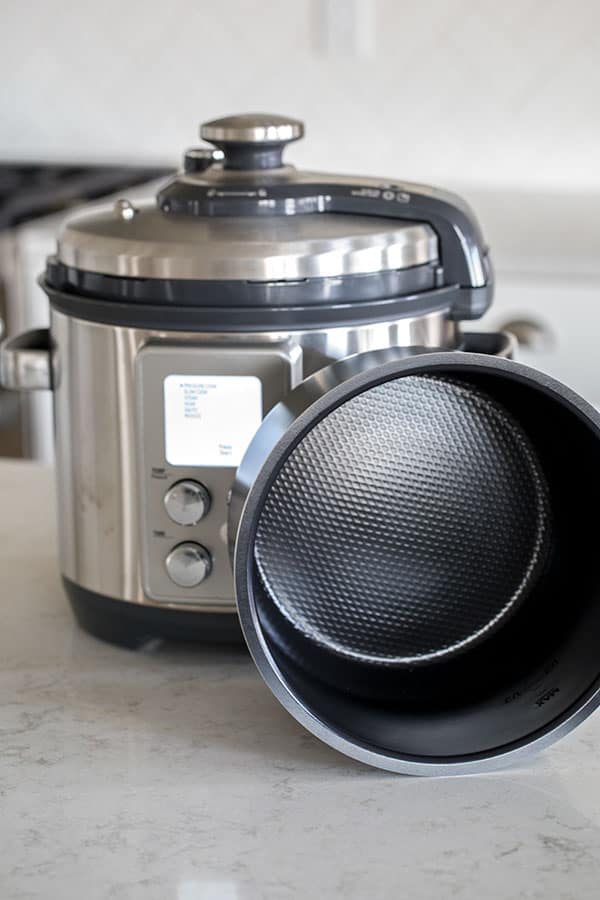 The Breville The Fast Slow Pro Pressure Cooker has a non-stick inner cooking pot.