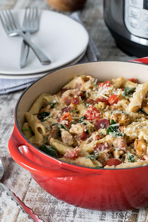 Chicken-Bacon-Penne-Pasta in a red bowl