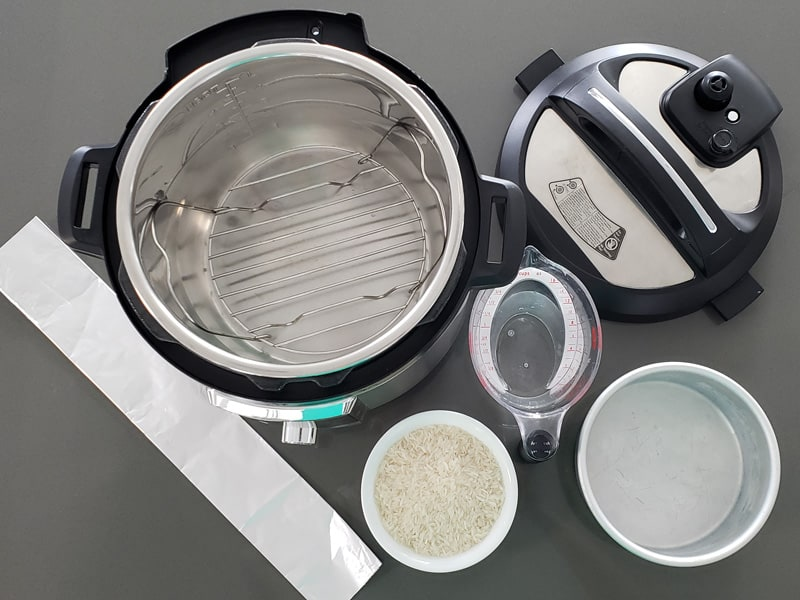 Cooking rice pot-in-pot (PIP) in the Insta Pot/Pressure Cooker