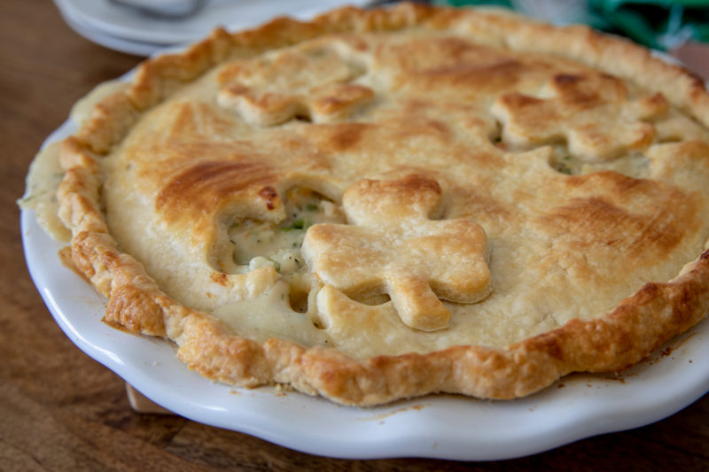 Instant Pot / Pressure Cooker Chicken Pot Pie
