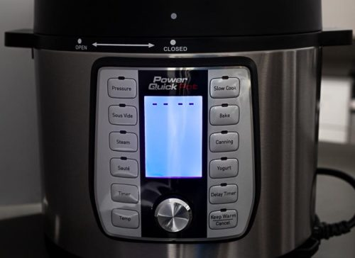 Power Quick Pot pressure cooker blue screen plugged in || Review from Pressure Cooking Today