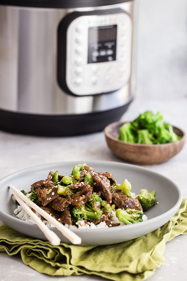 Easy Pressure Cooker / Instant Pot Beef and Broccoli Recipe